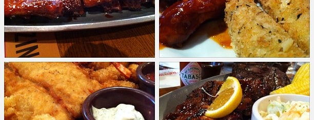 Tony Roma's Ribs, Seafood, & Steaks is one of Thumbs up!.