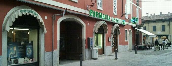 Farmacia Scacchi is one of Free Wi-Fi.