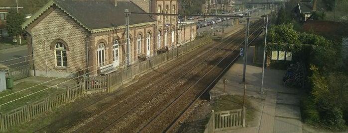 Station Ekeren is one of Bijna alle treinstations in Vlaanderen.