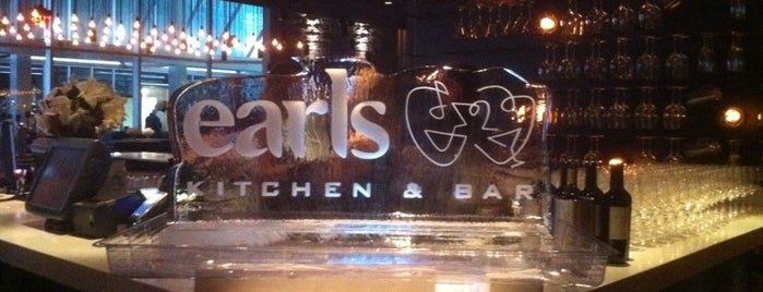 Earls Kitchen & Bar is one of Around Toronto in 80 drinks.