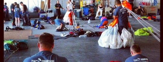 Chicagoland Skydiving Center is one of Dropzones/Tunnels.