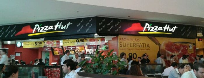 Pizza Hut is one of Fast Food & Restaurants SP.