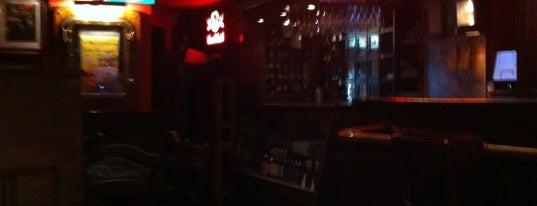 Erasmus Bruin Cafe is one of Must-visit Nightlife Spots in Salamanca.