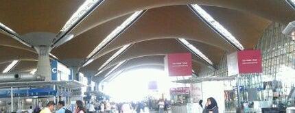 Kuala Lumpur International Airport (KUL) is one of Airp0rts.