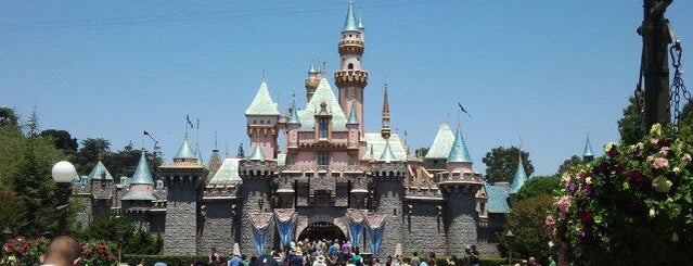 Disneyland Park is one of Scenic Route: US West Coast.