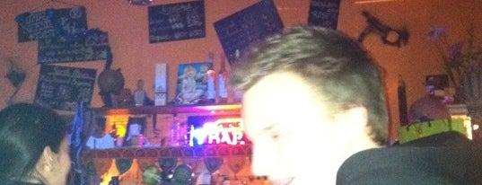 Kéglee Bisztró & Juice Bar is one of Itt már italoztam....