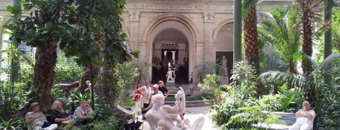 Museo de Ny Carlsberg Glyptotek is one of Sweden/Denmark.
