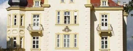 Munich International School is one of Munich And More.