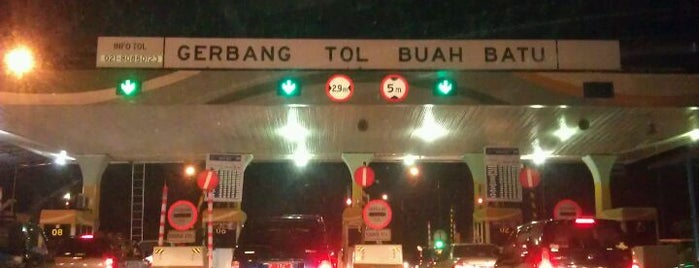 Gerbang Tol Buah Batu is one of Nyunyai permai.