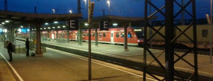 Bahnhof Weimar is one of Bahnhöfe DB.