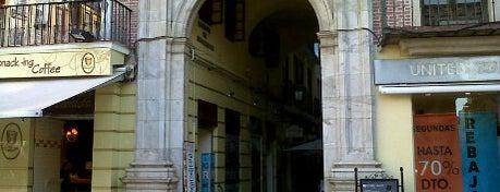 Pasaje de Chinitas is one of Qué visitar en Málaga.