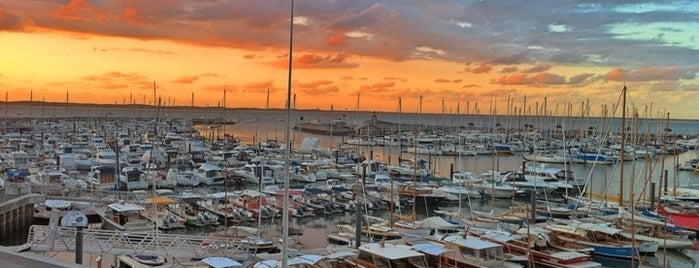 Port d'Arcachon is one of Mayor au moins une fois.