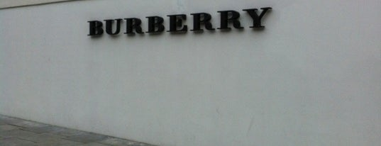 Burberry Outlet is one of London tour.