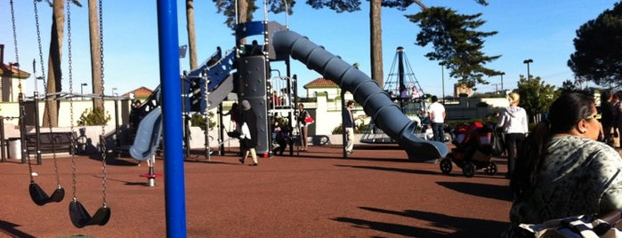 Lincoln Park Playground is one of SF playgrounds.