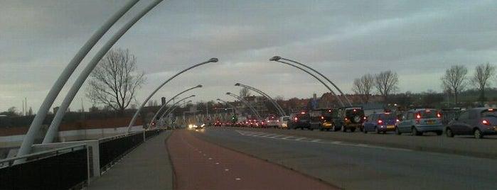 Schoterbrug is one of Bridges in the Netherlands.