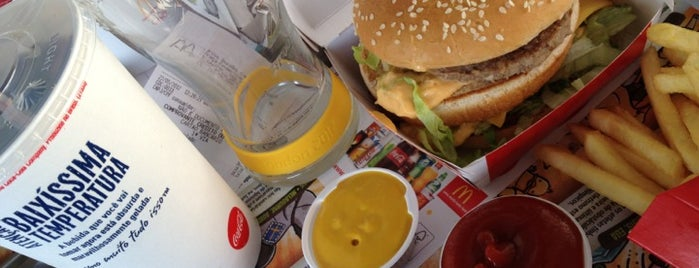 McDonald's is one of Pra se empanturrar em SP.