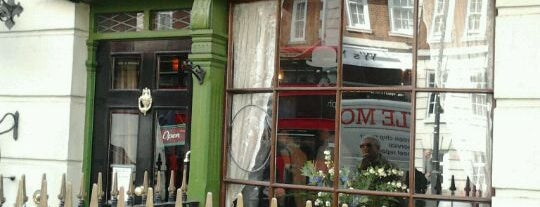 The Sherlock Holmes Museum is one of London.