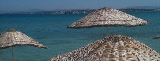 Bonjour Beach is one of İzmir.