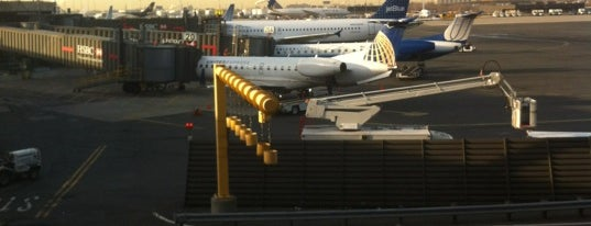 Newark Liberty International Airport (EWR) is one of USA Trip 2013 - New York.