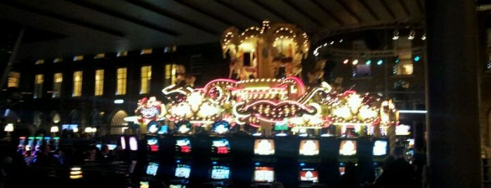Holland Casino is one of Lezinglocaties.