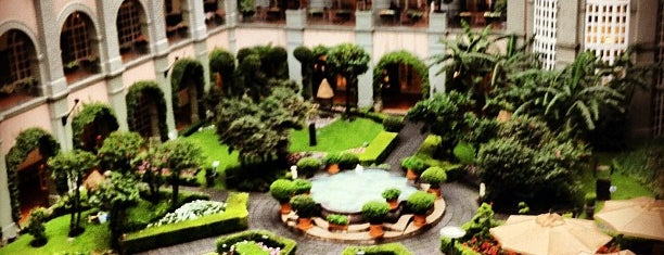 Four Seasons Hotel is one of The 15 Best Places for Breakfast Food in Mexico City.