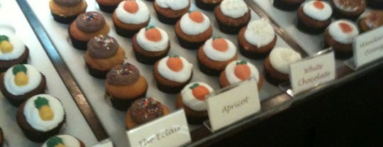 Sweet Wishes Cafe Gourmet Cupcake Shop is one of Baton Rouge Places to Eat.