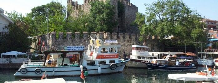 Goksu Deresi is one of istanbulda arka sokak lezzetleri.