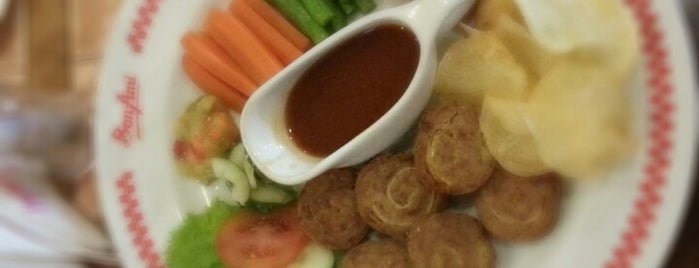 Bon Ami is one of Kuliner Wajib @Surabaya.