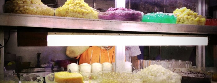 Original Digman's Halo-Halo is one of Bacoors Pride.
