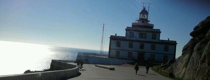 Faro de Fisterra is one of Costa da Morte en 2 días.