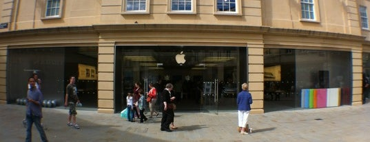 Apple SouthGate is one of All Apple Stores in Europe.