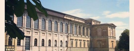 Alte Pinakothek is one of Munich Sights.