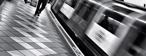Liverpool Street London Underground Station is one of #LoveE1.