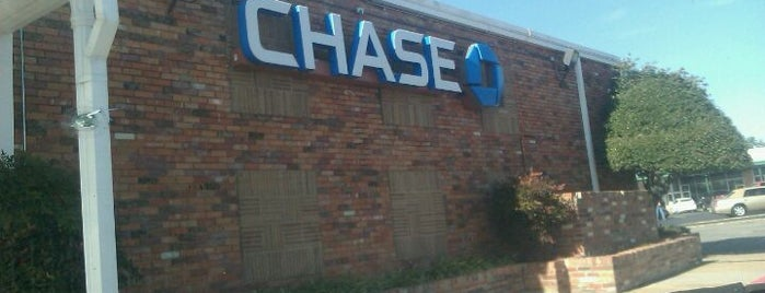 Chase Bank is one of Lugares favoritos de Tammy.