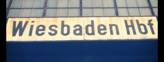 Wiesbaden Hauptbahnhof is one of Bahnhöfe DB.