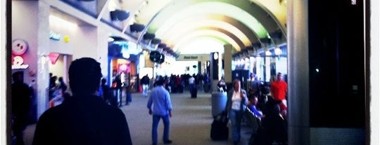 John Wayne Airport is one of World Airports.