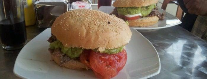 Sésamo Express is one of Sandwicherias de Santiago.