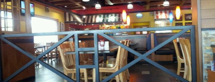 Fuddruckers is one of Places to Visit for Food in Jeddah.