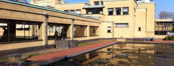Gemeentemuseum Den Haag is one of Welcome to The Hague #4sqCities.