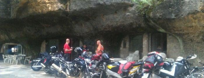 Pekelné doly is one of Doly, lomy, jeskyně (CZ).