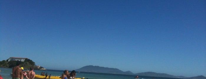 Praia do Forte is one of Região dos Lagos.
