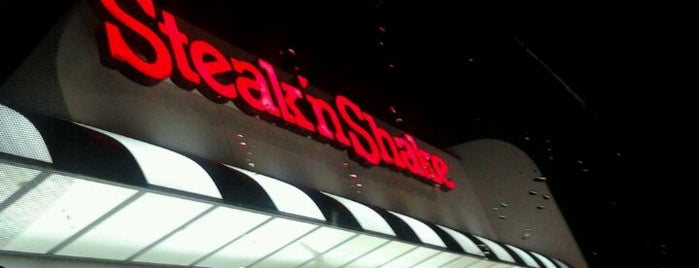 Steak 'n Shake is one of Burger Joints That Serve Burgers.