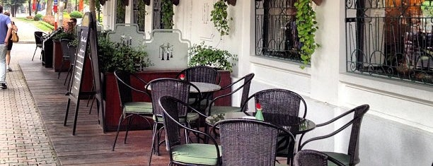 Le Beaulieu is one of Hanoi Food List.