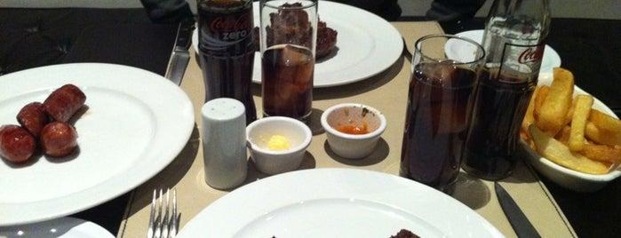 Santa Brasa is one of Bares, restaurantes y otros....