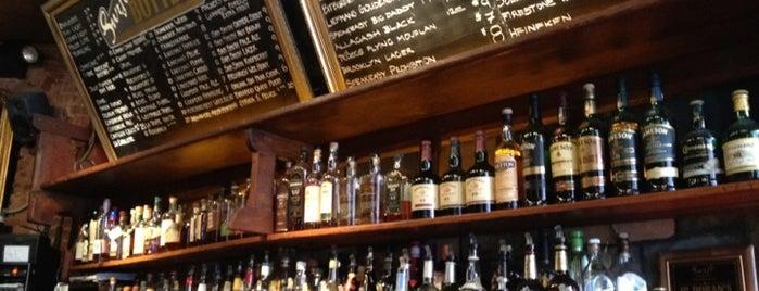 Swift Hibernian Lounge is one of Bars.