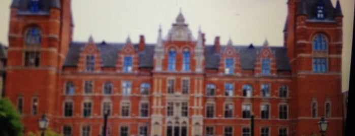 Royal College of Music is one of Around The World: London.
