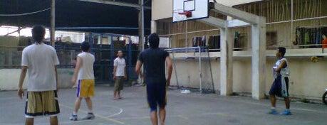 Lapangan Basket Kenjeran 340 is one of Check in #durjana w/ #mempASUna.