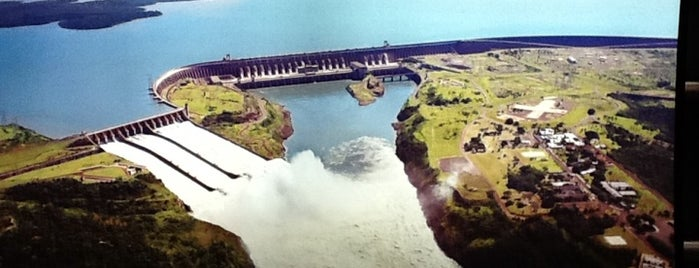 Itaipu Binacional is one of Foz do Iguaçu - PR.