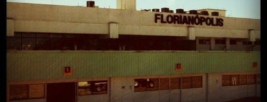 Aeroporto Internacional de Florianópolis / Hercílio Luz (FLN) is one of Aeroportos do Brasil.