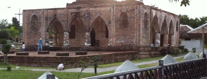 Krue Sae Mosque is one of มัสยิด, บาลาเซาะฮฺ, สถานที่ละหมาด.